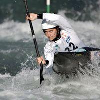 BOUZIDI Carole champion kayak