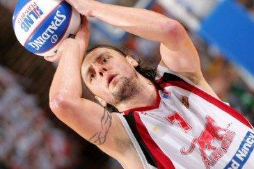 JULIAN Cyril champion basket-ball