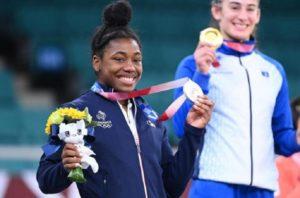 Tokyo 2020-Judo ARGENT - Sarah-Léonie CYSIQUE